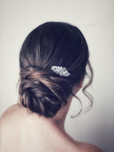bruidskapsel met accessoire